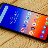 Preferences for buying a unique smartphone